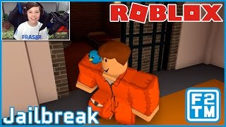 Roblox Jailbreak - ROBBING THE BANK & SHOOTING THE POPO