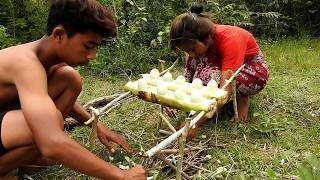 coking in the forest-grilled egg and eating delicious-primitive technology