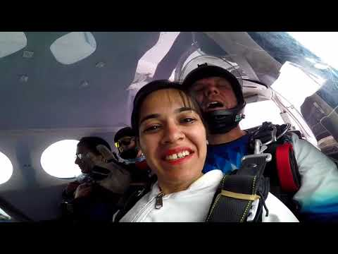 Khevana's sky diving from 10,000 feet at mosselbay south africa * Amazing *