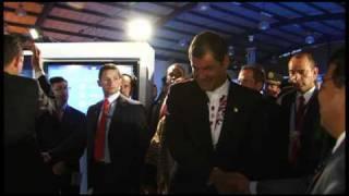 Ecuador ama la literatura, visita de Presidente Correa al pabellón.
