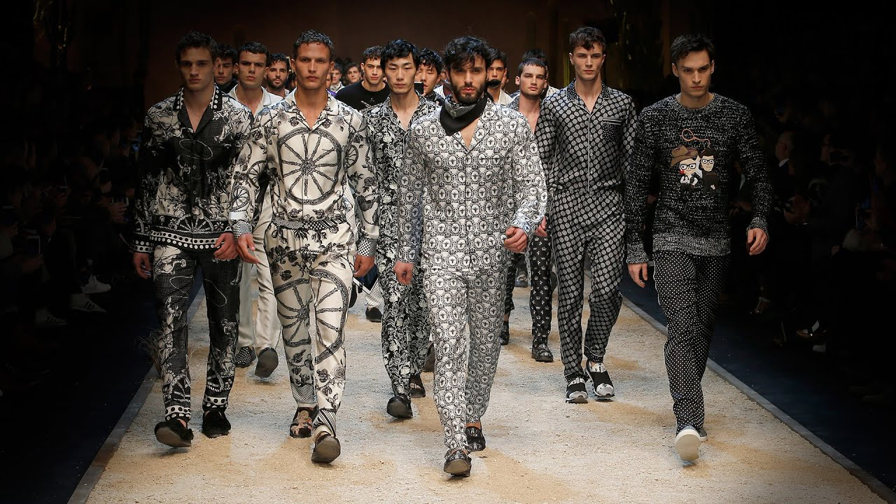 1398169375ea Dolce Gabbana Fall-Winter 2016 2017 Men s Fashion Show. - YouTube