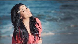Tuğçe Haşimoğlu - Bir Ömür Boyu (Official Video)