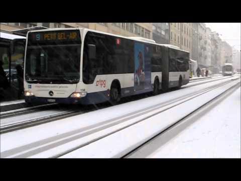 Genève, neige du 27 11 2010 Les tpg font du ski