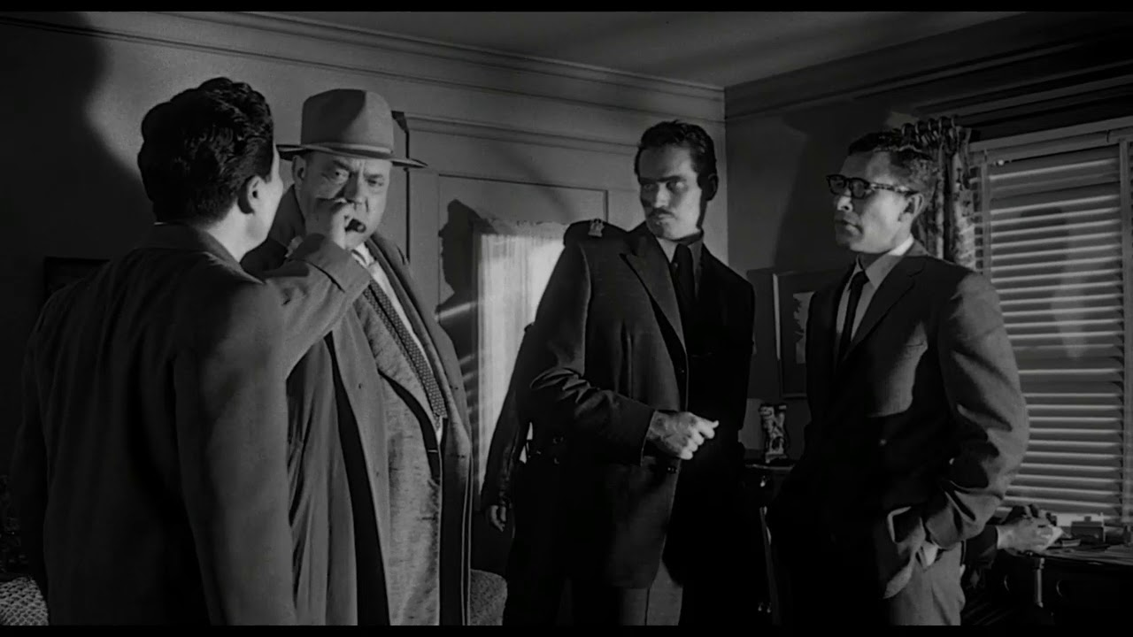 Download Touch of Evil's second tracking shot, just as long and impressive as the opening