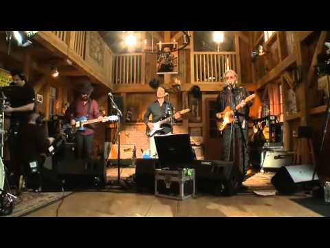 Dave Stewart Live From Daryl's House Missionary Man - YouTube