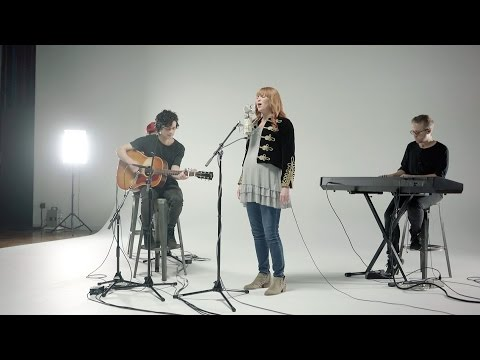 Throne Room // Kim Walker Smith // New Song Cafe