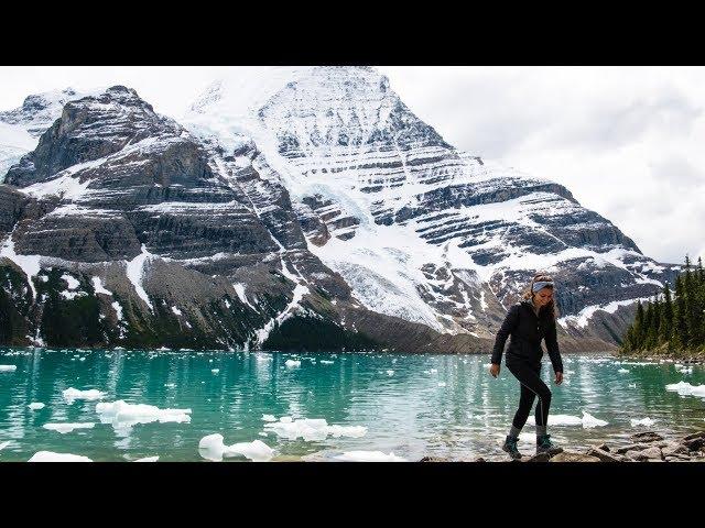 Trois jours de randonnée incroyables sur la Berg Lake Trail! - [Vlog #4]