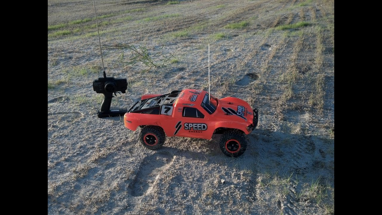Really Fast Traxxas Nitro Slash 2WD with ACE Racing Outlaw pipe and MS9 piggyback shox