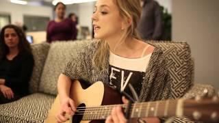 Emily Kinney -