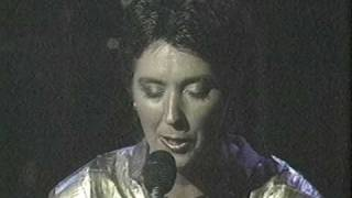 Kate and Anna McGarrigle with Linda Ronstadt: Heart Like a Wheel (1984)
