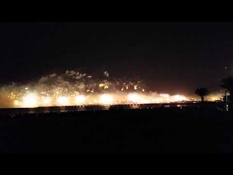 Dubai Palm Jumeirah – NYE 2014 – Fireworks