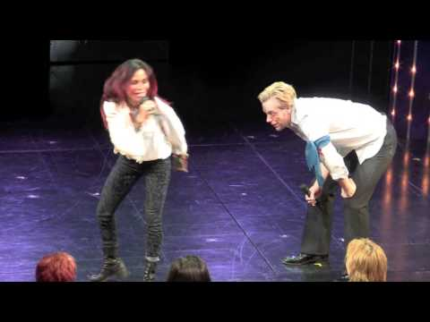 Disaster! Curtain Call: Daphne Rubin-Vega & Adam Pascal sing 'Light My Candle' for  BC/EFA