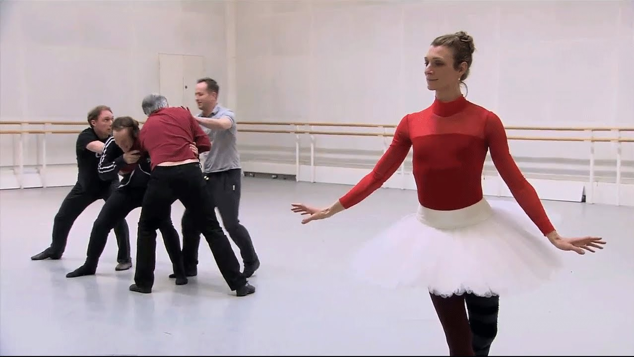 Becoming The Queen Of Hearts The Royal Ballet S Alice S
