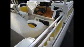 Veada Flagship Pontoon Boat Seats - Boat Seating Restoration