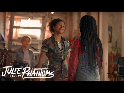 Julie and the Phantoms - Flying Solo (Music Video)