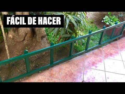Haciendo una cerca valla de madera con malla para el - Cercas para jardines ...