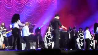 Justin Timberlake Live Dublin - Rock Your Body + Shake Your Body Michael Jackson Cover