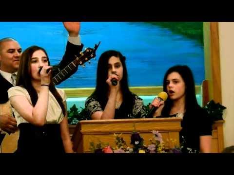 What A Joy To Serve My Jesus - Adalee, Mckenzie and Madeline