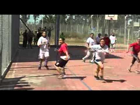 Final de fútbol femenino entre policías y reclusas en el CNR