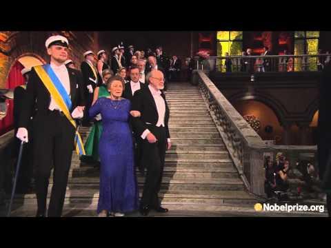 The guests arrive: Nobel Banquet 2015