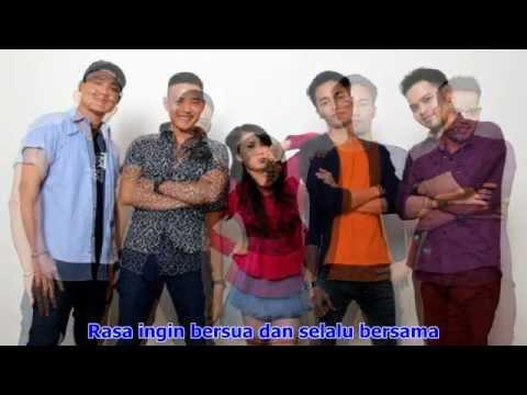 Gamma1 - Cinta Pertama (Official Lyrics)