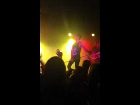 Yeah 3x - Allstar Weekend LIVE