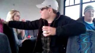 Wonderwall - Drunk Guy Sings to His WIfe.3GP
