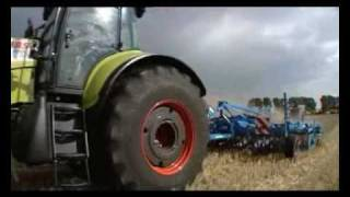 NEW CLAAS TRACTOR AXION IS WORKING