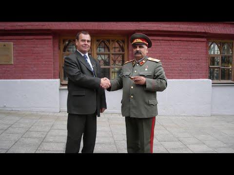 Двойник Медведева в