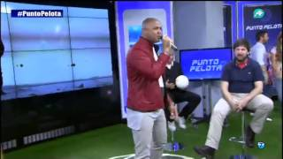 """Hoy en Punto Pelota la actuación de Henry Méndez con su nuevo single """"Tan Bonita"""""""