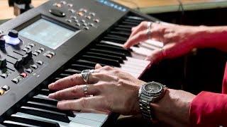 10 Ultra Famous Piano Riffs