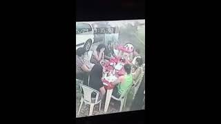 Câmeras registram assalto em lanchonete