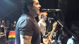 NOFX - I'M TELLING TIM/INSTANT CRASSIC/CAN'T GET THE STINK OUT (Multicam) live at PRH 1.6