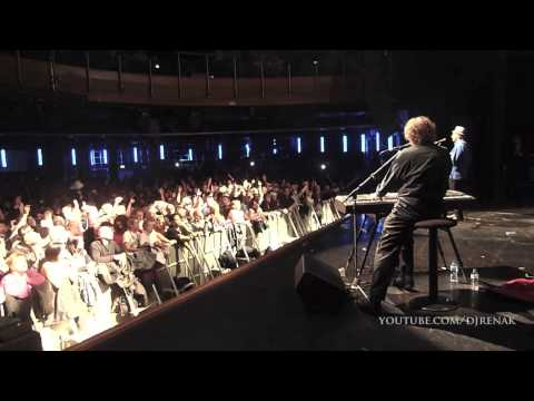 Aint No Pleasing You: Chas and Dave - Live at the IndigO2