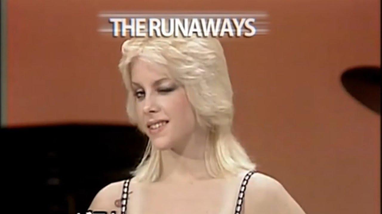 Cherie Currie & Joan Jett   THE RUNAWAYS