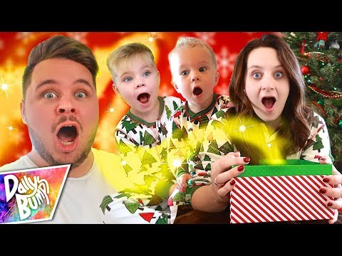 We Weren't Expecting This!! ✨ Daily Bumps 2017 Christmas Special!
