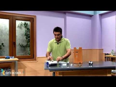 Cambiar pomos y manillas bricocrack youtube - Manillas y pomos ...