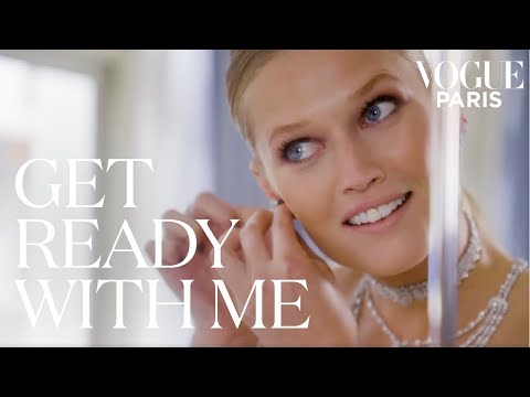 Toni Garrn chooses her outfit for the Cannes red carpet | Get Ready With Me | Vogue Paris