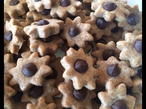 Peanut Butter & Carob Chip Dog Treats