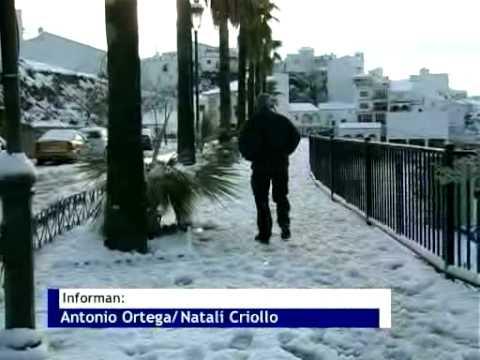 AXARQUIA 24 TELEVISION-NOTICIA: NEVADA EN LA AXARQUIA (11 DE ENERO DE 2009)