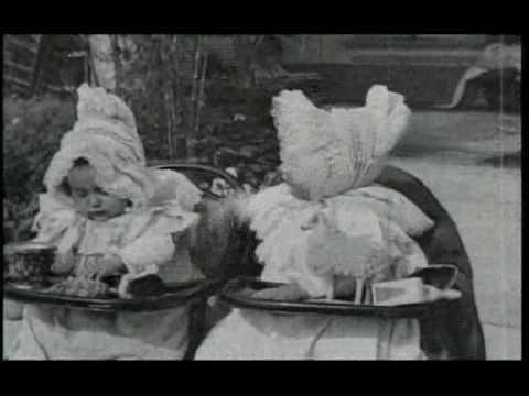 Babies Quarrel [A Childish Quarrel] (1896, Lumière, silent, DVD).avi