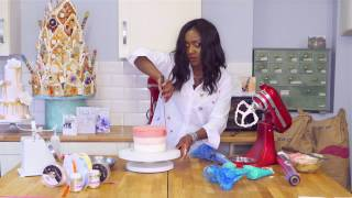 03  How To Buttercream a cake in Ombre Icing