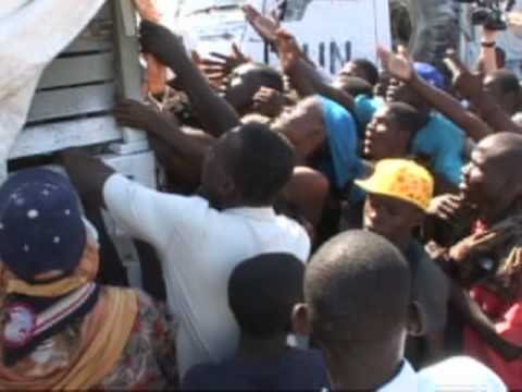 Haiti Earthquake:  WFP Food Distribution