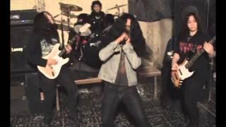 Metal Critters - Postmortem/Raining Blood (con Julio Rosales de Calavera/Maginot)