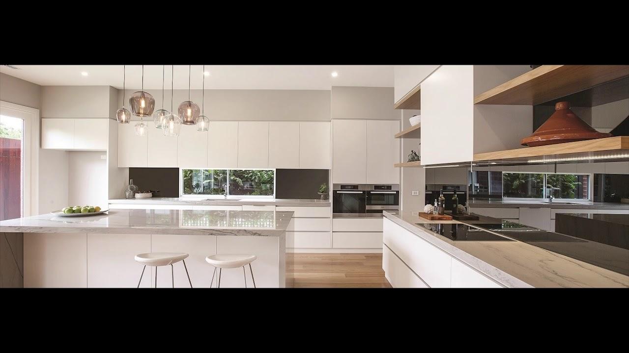 Magnificent White Kitchen With Mirror Splashback