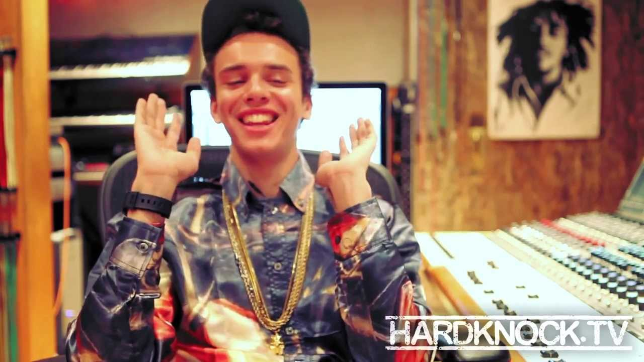 logic talks getting kicked out of hs not getting into drugs