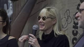 Встреча с Джоанной Стингрей в Московском Доме Книги