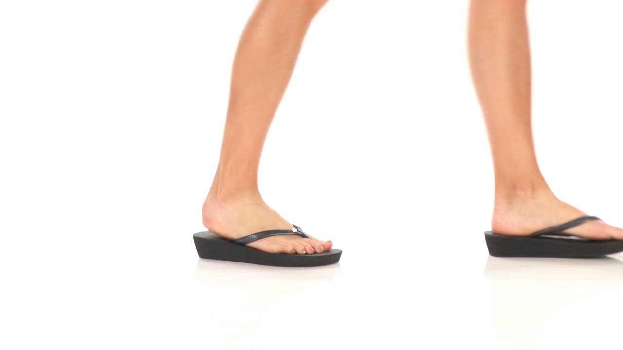Havaianas Highlight Glamour Flip Flops SKU 8685539 - YouTube 2911203dc