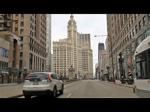 Driving Downtown - Michigan Ave - Chicago USA