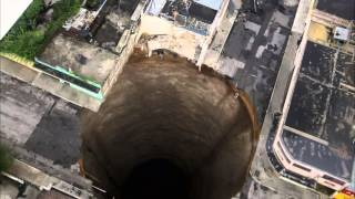 Secrets of the Earth: Bottomless Pit
